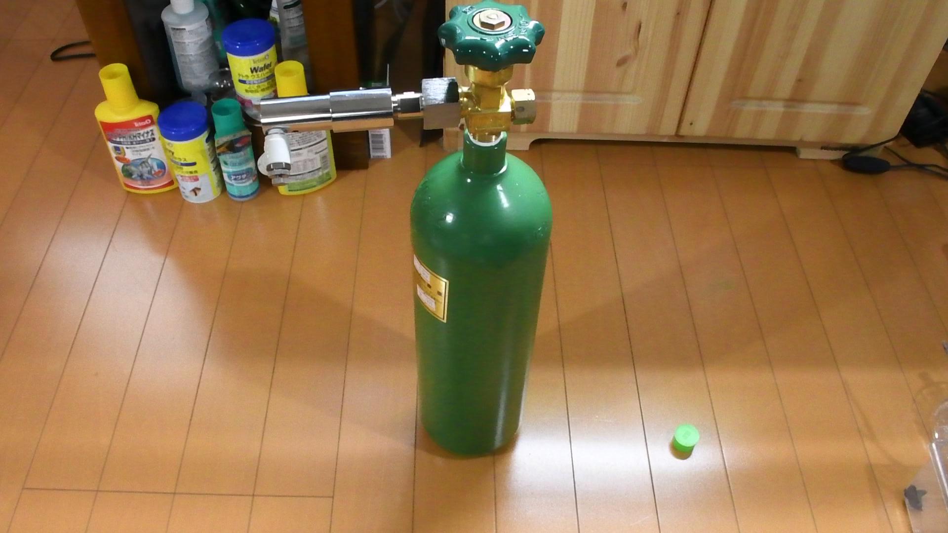 アクア製品レビュー:水草水槽を長く続けるなら「ミドボン」がお得!!